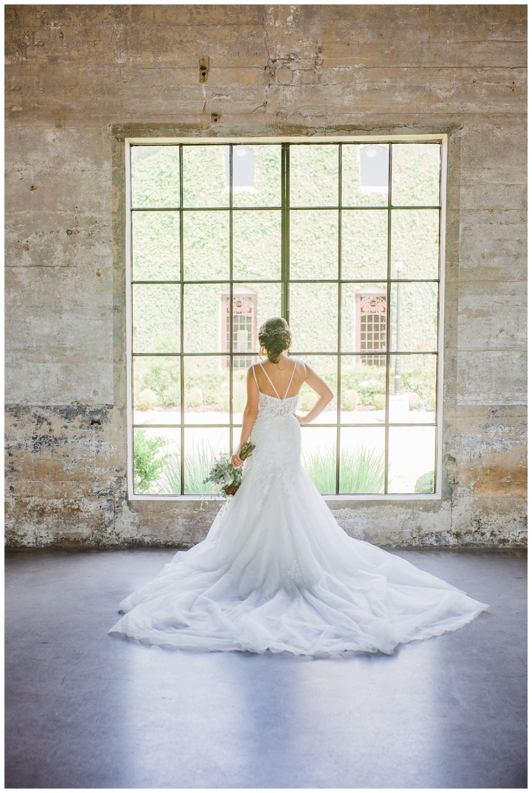 BRIDALS, HOUSTON TEXAS, OLDE DOBBIN STATION, TEXAS BRIDES, TEXAS WEDDINGS,